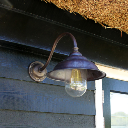 Barn lights